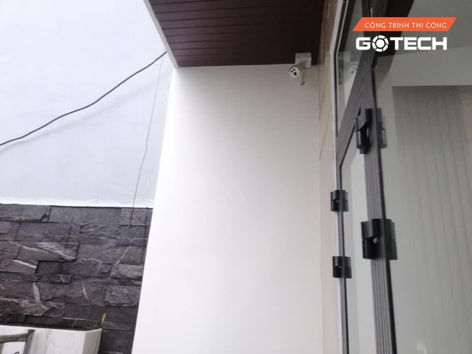 hinh-anh-thi-cong-camera-quan-sat-tai-67-nguyen-van-linh-2