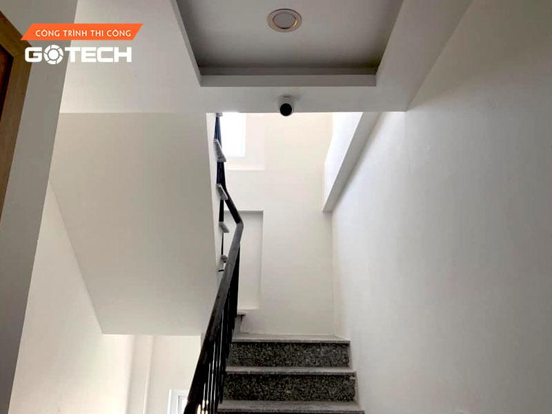 hinh-anh-thi-cong-camera-tai-lees-hotel-apartment-6